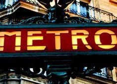 Paris Chargée d'histoire, Paris est non seulement la capitale de la France mais c'est aussi une des villes les plus visitées au monde. Elle représente...