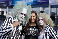 Oakland Raiders fans tailgate at O.co Coliseum before an NFL football game between the Oakland Raide... - Ben Margot/AP Photo Nfl Football Games, Football Fans, Raider Game, Oakland Raiders Fans, America's Favorite Pastime, Raider Nation, Nfl Fans, Tie, American