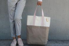Canvas Convertible Backpack to Utility Tote bag . Canvas Backpack, Backpack Bags, Canvas Tote Bags, Travel Backpack, Cute Backpacks, Girl Backpacks, Utility Tote, Convertible Backpack, Day Bag