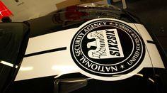 Te garantizamos que ni se te puede ocurrir la gráfica que llevará esta bruta bestia como lo es el Nissan GT-R, pero ahora yá puedes verla de primera mano!  Vinilado de partes del coche con diseños de idea Policia EEUU para un evento by Pronto Rotulo since 1993 Materiales media duración.  + info en http://www.prontorotulo.com/ + info en https://www.facebook.com/prontorotulo + info en https://www.twitter.com/prontorotulo + info en https://www.youtube.com/prontorotulo