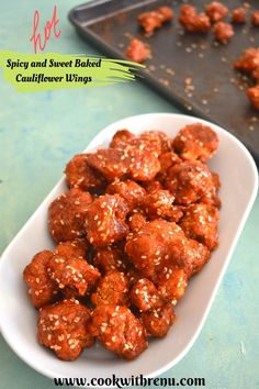 Spicy and Sweet Baked Cauliflower wings or Sriracha Buffalo Cauliflower Wings are a perfect appetizer for your parties, game day or a delicious crunchy low-carb meal. These Sriracha Baked Cauliflower wings are easy to make, full of flavour with a bit of spice and a hint of sweetness. Healthy Vegetable Recipes, Healthy Dips, Best Vegetarian Recipes, Vegetarian Appetizers, Delicious Dinner Recipes, Low Carb Recipes, Lunch Recipes, Baked Cauliflower Wings, Cauliflower Recipes