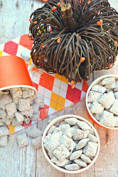 Pumpkin Nutella Muddy Buddies - just 5 ingredients, and perfect for fall!