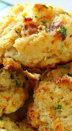 Maple Bacon & Cheddar Buttermilk Biscuits - The Chunky Chef Cheddar Biscuits, Buttermilk Biscuits, Mayonaise Biscuits, Oatmeal Biscuits, Easy Biscuits, Cinnamon Biscuits, Fluffy Biscuits, Homemade Biscuits, Cheddar Cheese