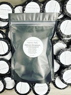 Aromatherapy gift for him Therapeutic Essential Oils, 100 Pure Essential Oils, Orange Essential Oil, Exfoliating Soap, Shower Steamers, Brain Activities, Spa Gifts, Aromatherapy, Peppermint