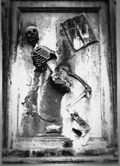 The Bonaventure Cemetery in Savannah is best known as the site for the film Midnight in the Garden of Good and Evil. (Library of Congress)   From: World's Most Haunting Cemeteries