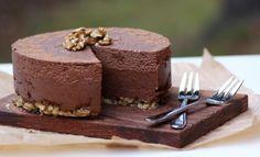 Dinan keittiö: Hedelmä-suklaaraakakakku