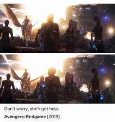 Don't worry, she's got help avengers endgame - Marvel Universe Hq Marvel, Disney Marvel, Marvel Funny, Marvel Dc Comics, Marvel Heroes, Marvel Movies, Avengers Memes, Marvel Avengers, Avengers Tumblr Funny