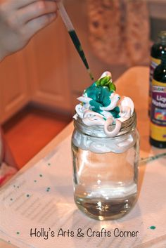 """Holly's Arts and Crafts Corner: Art & Science Collide: Cloud Jars. Definitely going to do this during out """"Cloudy with a chance of Meatballs"""" unit! (vicki)"""
