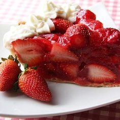 The pie that made Hess Brothers department store of Allentown, Pa, famous. Miles-high, mounded with gel-sweetened fresh strawberries, and topped with whipped cream, Hess's pie was just plain legendary.