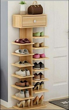 Whichever shoe storage ideas you choose in consider not only their functionality, but also their home decor wow factor.f you love the industrial décor look, this is a great DIY shoe rack to…Daha fazlası Diy Shoe Rack, Wood Shoe Rack, Shoe Shelf Diy, Shoe Rack Closet, Wood Shoe Storage, Diy Storage, Shoe Storage Design, Camper Storage, Creative Storage