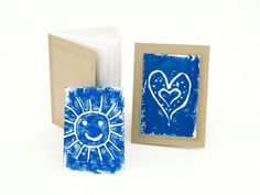 Gifts Made by Me: Make the holidays extra special with handmade gifts! Using this easy printmaking kit, your little one can create 4 cards and 2 journals - a perfect holiday gift. Get ready for creative fun that keeps on giving!