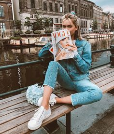 Denim On Denim Casual Easy Holiday Outfit Inspo Travel Outfits Holiday Style Amsterdam Vogue Photography Poses, Fashion Photography, Zalando Style, Amsterdam Photography, Ft Tumblr, Insta Photo Ideas, Photo Instagram, Photoshoot Inspiration, Photo Poses