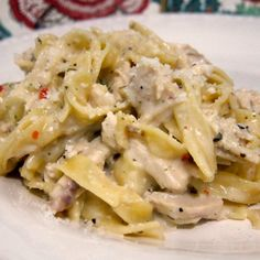 Creamy chicken recipes are so delicious, and Slow Cooker Creamy Italian Chicken will not be a disappointment! Set slow cooker to low and add chicken. Mix seasoning packet with water and pour over chicken. Cook on Low for 6 … Continue reading → Creamy Chicken And Noodles, Creamy Italian Chicken, Chicken Noodles, Egg Noodles, Chicken Pasta, Crockpot Recipes, Chicken Recipes, Cooking Recipes, Cooking Ideas