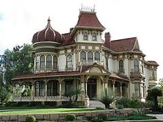 Stunning 1890 Victorian home built by David Morey, a ship builder and one of Redlands Pioneers. Redlands, CA The Morey Mansion in Redlands, California is reported to be haunted by the spirits of David and Sarah Morey, both of whom died in the mansion. Old Mansions, Mansions For Sale, Abandoned Mansions, Abandoned Houses, Abandoned Places, Old Houses, Haunted Places, Scary Places, Abandoned Castles