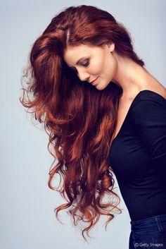 Astuces coiffure : comment donner du volume à mes cheveux longs ?