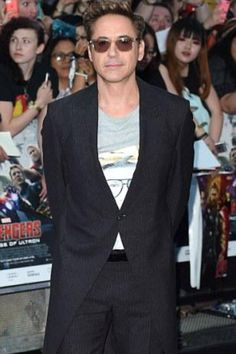 Casual Robert Downey Jr. At the London premiere of Avengers Age of Ultron! I love watching him portray Tony Stark!!