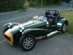 caterham 7 classic Caterham Cars, Caterham Super 7, Caterham Seven, Sports Car Racing, Race Cars, Vintage Cars, Antique Cars, Lotus 7, Bmw Alpina