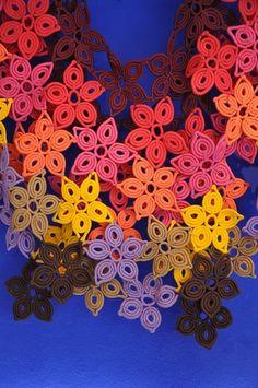 coiling Kamy tapetes handmade design from Brazil seen at A Casa, museu do objeto Brasileiro