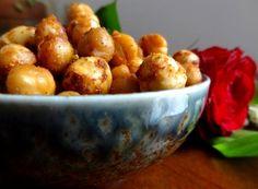 Pois chiches et noisettes caramélisés au paprika fumé, Recette de Pois chiches et noisettes caramélisés au paprika fumé par latendresseencuisine - Food Reporter