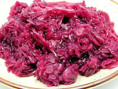 Sauteed Red Cabbage Recipe with onion apple cider vinegar sugar and mustard seed. A quick and easy healthy side dish recipes with a 5 minute prep time and ready in 22 minutes. It's dairy free gluten free low calorie low carb low fat and vegan! Vegetable Side Dishes, Vegetable Recipes, Vegetarian Recipes, Healthy Recipes, Healthy Food, Sauteed Red Cabbage, Red Cabbage Recipes, Braised Cabbage, Whole Food Recipes