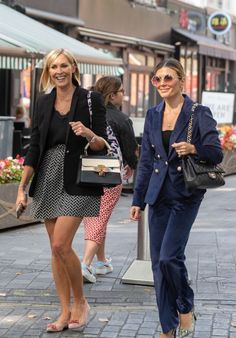 Jenni Falconer and Zoe Hardman styles with blazers | For more style inspiration visit 40plusstyle.com