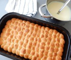 Buchtičky skrémem (dukátové buchtičky) Czech Recipes, Ethnic Recipes, Griddle Pan, Macaroni And Cheese, Food And Drink, Kitchen, Czech Food, Mac And Cheese, Cooking