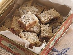 These chewy squares are packed with wholesome oats, seeds, nuts and dried fruit. Microwave Cake, South African Recipes, Tasty, Yummy Food, Food Inspiration, Cake Recipes, Sweet Tooth, Sweet Treats, Snacks