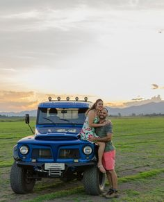 Ford in Pré wedding picture Jeep 4x4, Jeep Willys, Ford, Wedding Pictures, Vintage Cars, Monster Trucks, Vehicles, Four Wheel Drive, Trucks
