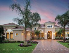 Mediterranean Exterior of Home - Find more amazing designs on Zillow Digs! Mediterranean Homes Exterior, Mediterranean Home Decor, Tuscan Homes, Mediterranean Architecture, Courtyard House, Facade House, Modern Bungalow House, Design Your Dream House, Luxury Homes Dream Houses