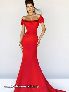 Sherri Hill dresses are designer gowns for television and film stars. Find out why her prom dresses and couture dresses are the choice of young Hollywood. Elegant Dresses, Pretty Dresses, Formal Dresses, Wedding Dresses, Reception Dresses, Dresses 2016, Satin Dresses, Elegant Gown, Satin Gown