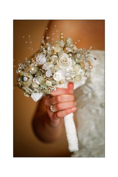 Button brooch bouquet