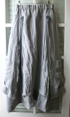Women's Linen Clothing / 'French Peasant by BreatheAgainClothing (do something with my long jean borring skirt! Modest Outfits, Boho Outfits, Cute Outfits, Fashion Outfits, Skirt Fashion, Boho Fashion, Diy Clothes, Clothes For Women, Womens Linen Clothing
