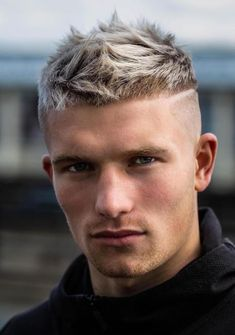 Stylish Haircuts, Best Short Haircuts, Cool Haircuts, Haircuts For Men, Men Haircut Short, Hairstyle Short, Taper Fade Haircuts, Short Spiky Hairstyles, Updo Hairstyle