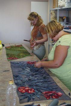 Отчёт о мк 1-2 августа. - Ярмарка Мастеров - ручная работа, handmade Sewing Scarves, Felt Wall Hanging, Nuno Felting, Needle Felting, Felting Tutorials, Sewing Studio, Handmade Felt, Wool Scarf, Felt Art