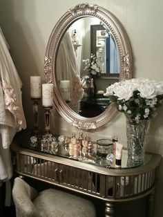 Small bathroom luxury mirrored vanity & chair