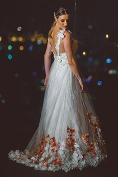 vestido de noiva com flores atelier jardim secreto