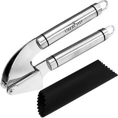Stainless Steel Used For Garlic Cloves and Crush Ginger Solid Grip Professional Garlic Press Mincer and Silicone Garlic Peeler Tube Set Kitchen Tech FDA Approved /& HEAVY DUTY