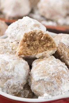 Gingerbread Snowballs - this easy snowball cookie recipe tastes like gingerbread! It's the easiest holiday cookie recipe and perfect for giving.