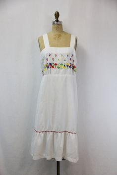 XL Vintage Dress White with Embroidery by SIZEisJUSTaNUMBER, $59.00