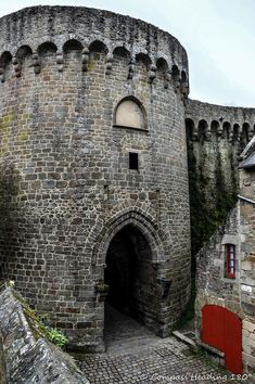 Dinan – a Medieval Gem of Brittany – Compass heading Compass, Brittany, Finland, Medieval, Road Trip, Gems, Places, Rhinestones, Gem