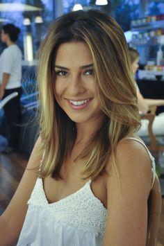 Fernanda Paes Leme • Cabelos Médios | Marcos Proença