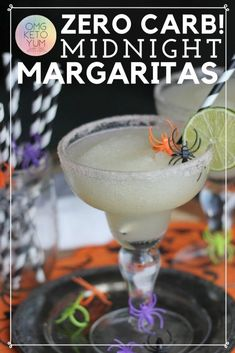These zero Carb Midnight Margaritas are great for Halloween when you are low carb dieting. You can drink low carb alcoholic drinks like this keto margarita and maintain your keto diet. Keep your low carb diet clean with this low carb margarita. Keto Drink, Diet Drinks, Alcoholic Drinks, Keto Cocktails, Keto Diet Plan, Low Carb Diet, Paleo Diet, Keto Diet Breakfast, Breakfast Recipes