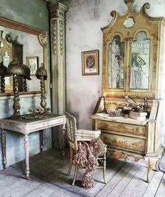 #antiquehome #antiqueprints #antiquefabric #inspired #dreamhome #home #homedecor #furniture #antique #antiques #antiqueinterior #antiquefurniture #antiqueshop #antiquedealersofinstagram #vintage #vintagehome #vintagehomedecor #interior #interiordesign #interiorstyling