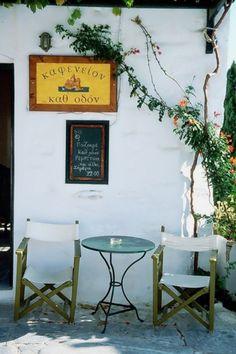 Enjoying a greek coffe at Amorgos island, Greece Greek House, Greek Life, Beautiful Islands, Beautiful Places, Santorini Villas, Myconos, Hidden House, Crete Island, Coffee Places