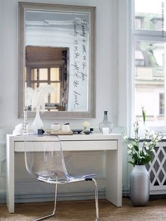 If we did have a dressing table it would have to be as simple as this