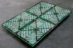dutch design week - maaike roozenburg: polypropylene crate tile collection