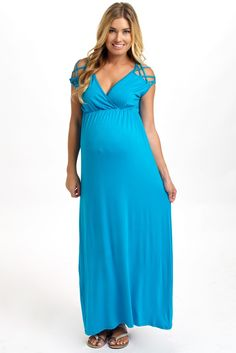 A gorgeous solid year around maternity maxi dress to give you a casually chic look for every occasion. Nursing Dress, Maternity Nursing, Maternity Maxi, Maternity Fashion, Maternity Clothing, Pink Blush Maternity, Turquoise, Formal Dresses, My Style
