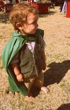 Introduzca a su pequeño en el mundo de 'El Señor de los Anillos', disfraz de hobbit, fácil y cómodo.