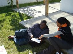 DrV teaching in a South African township. Teaching him the history of the first African people. Courtesy of African, Teaching, Education, History, People, Kids, Young Children, Historia, Boys