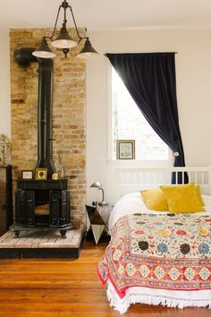 5 Quick Rental Fixes for the Bedroom